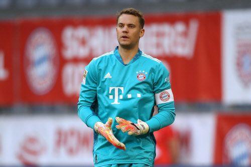 Bayern Tormann Neuer Singt In Kroatien Urlaub Lied Einer Rechtsextremen Band Fussball Derstandard De Sport