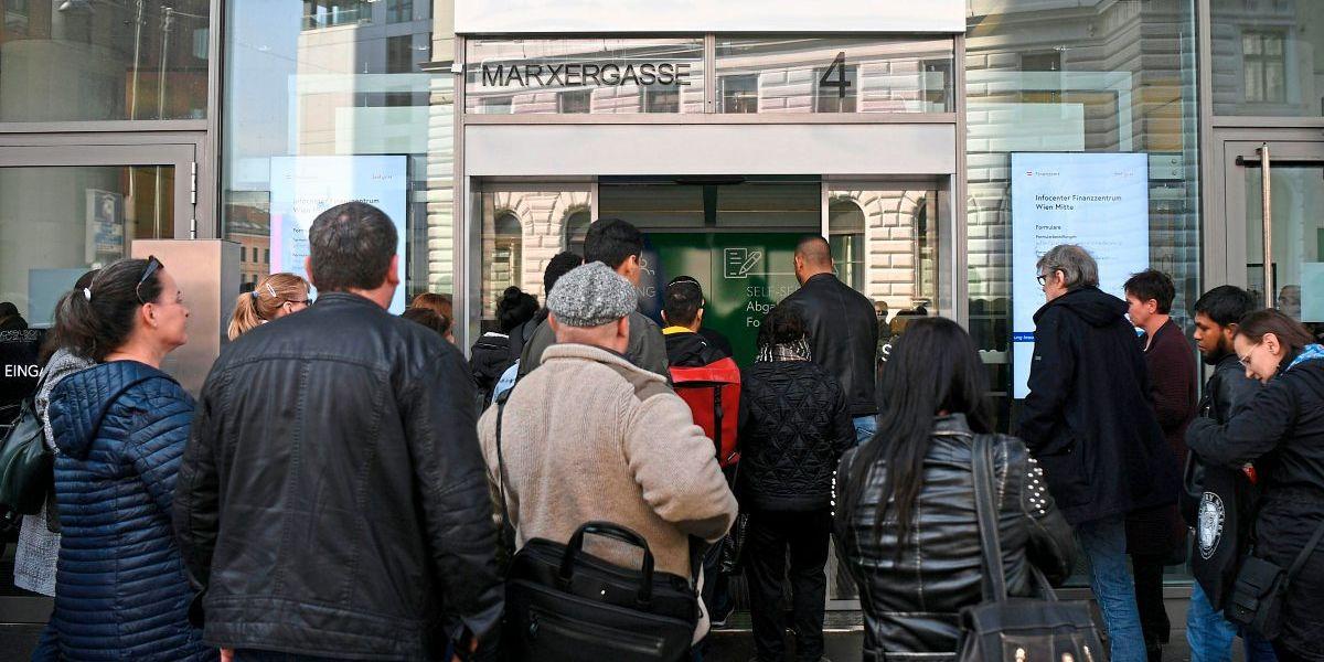Finanzamt sorgt mit massenhaft verschickten Mahnungen für Verwirrung