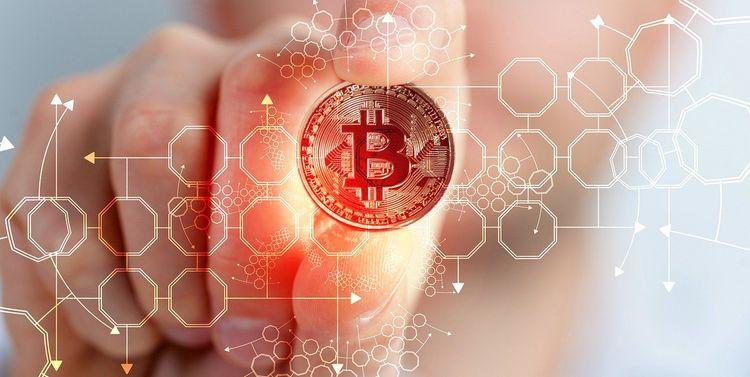 Wenn ich heute $ 100 in Bitcoin investiere, wie viel ist es 2025 wert