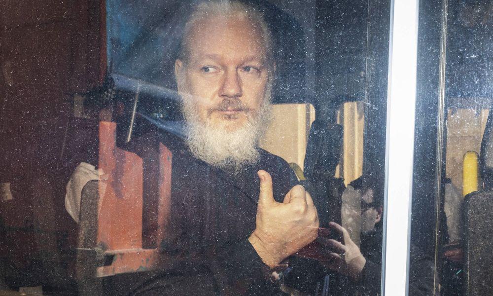 USA versuchen erneut, Julian Assange ausliefern zu lassen