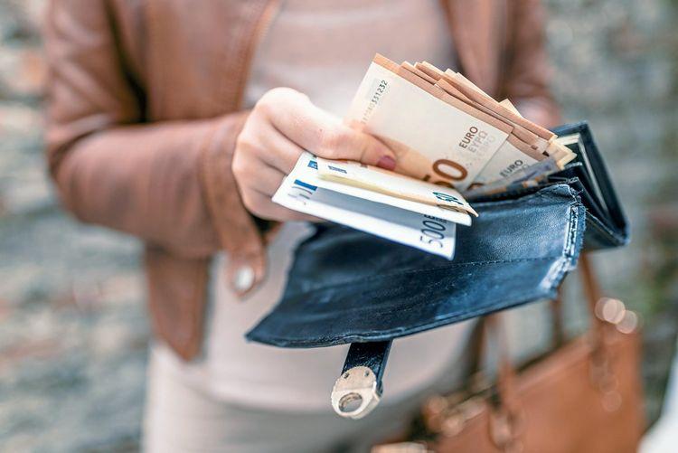 Mehr Urlaub Als Alternative Zur Gehaltserhohung Karriere Derstandard De Wirtschaft