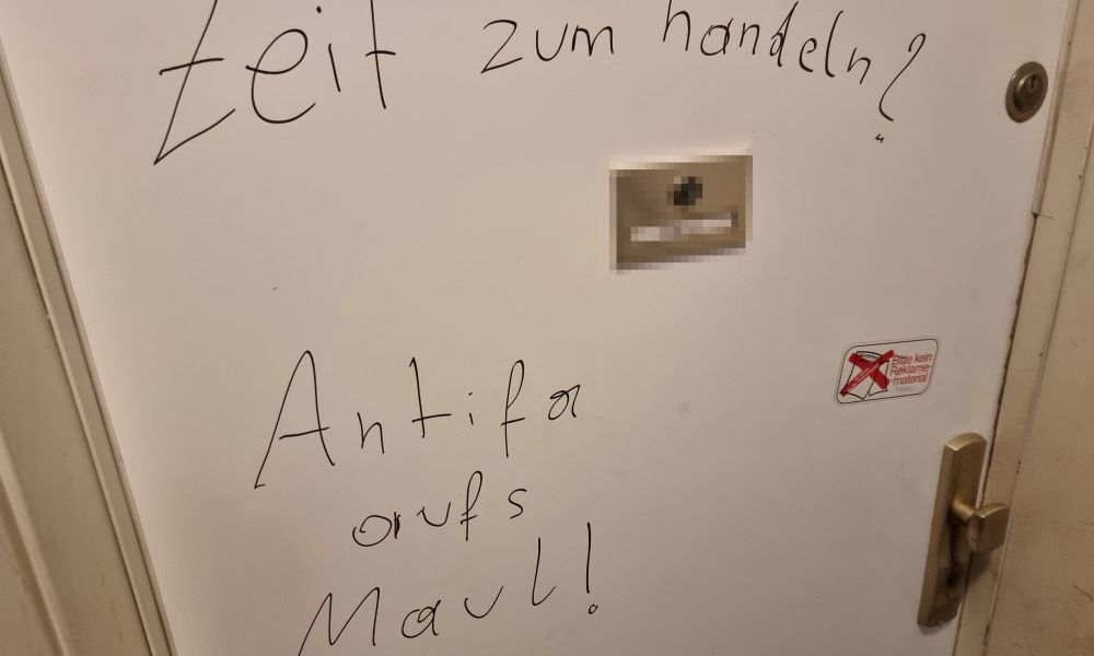"Rechtsextreme Drohungen gegen Journalisten: ""Antifa aufs Maul"""