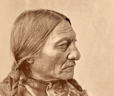 Urenkel des Sioux-Häuptlings Sitting Bull per DNA-Technik identifiziert